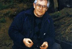 Angler Graham Marsden auf Döbel am Fluss Dane