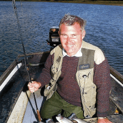 Fliegenfischer Brian Leadbetter am Pitsford Water in England
