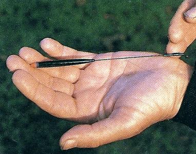 Matchangler Andy Love am Flüsschen Mole in der englischen Grafschaft Surrey